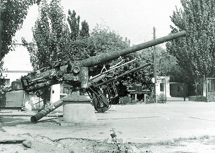 102-мм орудия главного калибра ЭМ «Фрунзе»