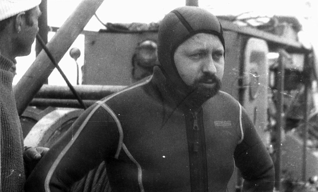 Валентин Кузнецов в гидрокостюме