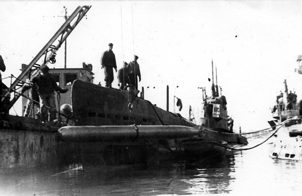 Погрузка торпед на ПЛ #4