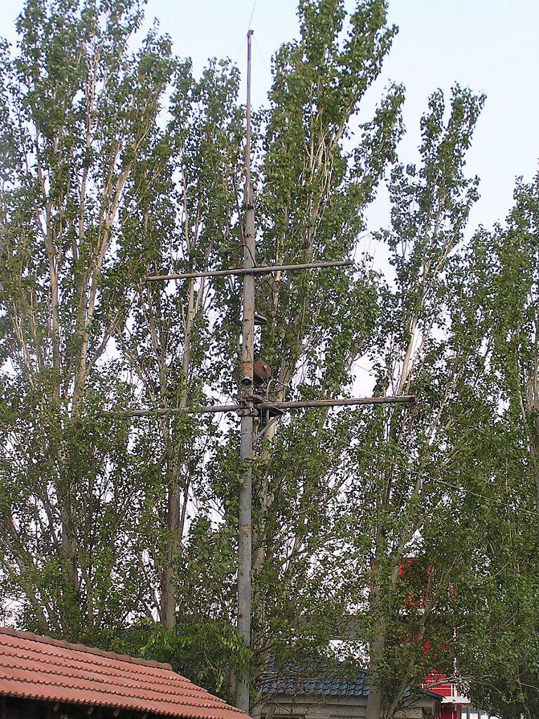 Фок-мачта ЭМ БОЙКИЙ на территории Морской школы ДОСААФ в Николаском яхт-клубе #2