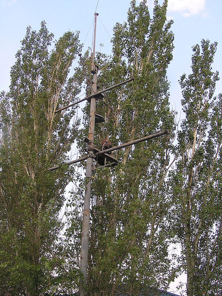Фок-мачта ЭМ БОЙКИЙ на территории Морской школы ДОСААФ в Николаском яхт-клубе #3