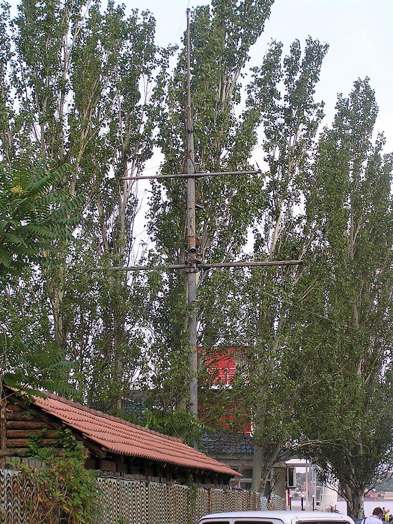 Фок-мачта ЭМ БОЙКИЙ на территории Морской школы ДОСААФ в Николаском яхт-клубе #1