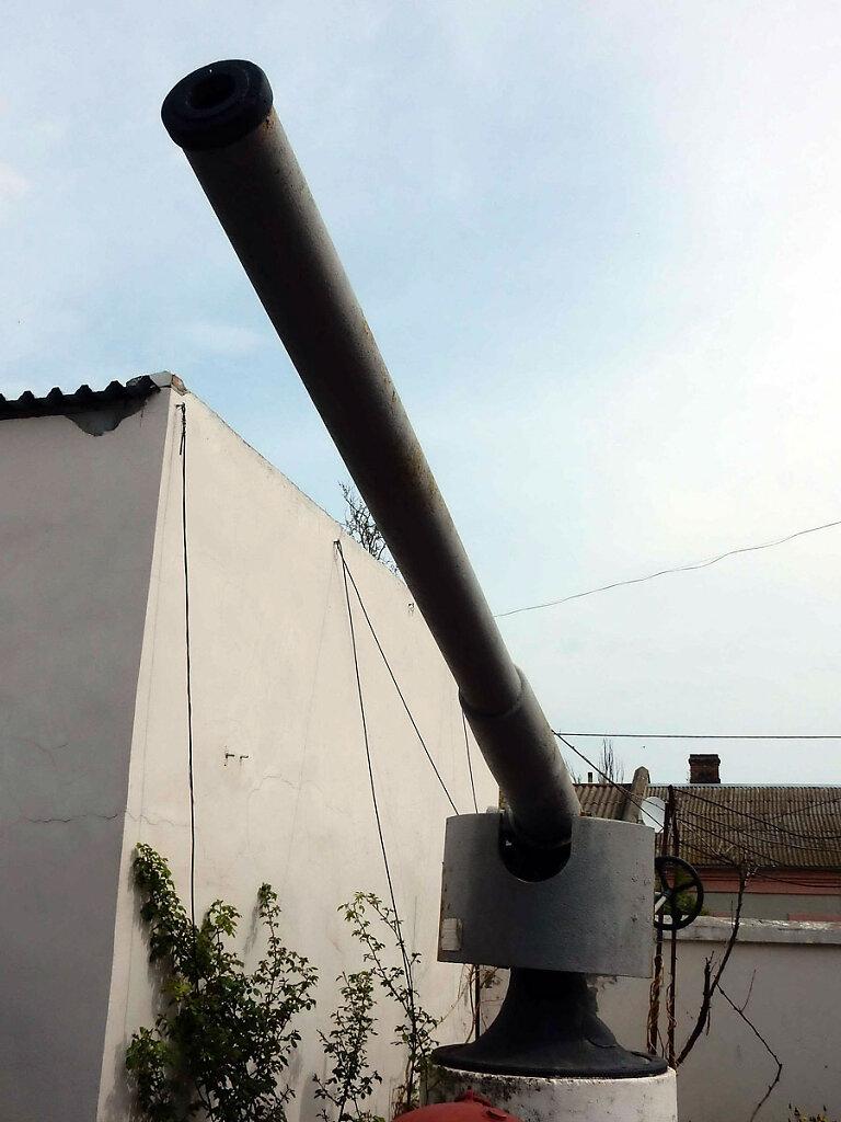 102-мм орудие главного калибра ЭМ ФРУНЗЕ в Очаковском историческом музее им. Суворова #4