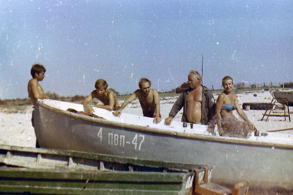 Участники экспедиции ТЕНДРА-90 у ЯЛ-6 #1