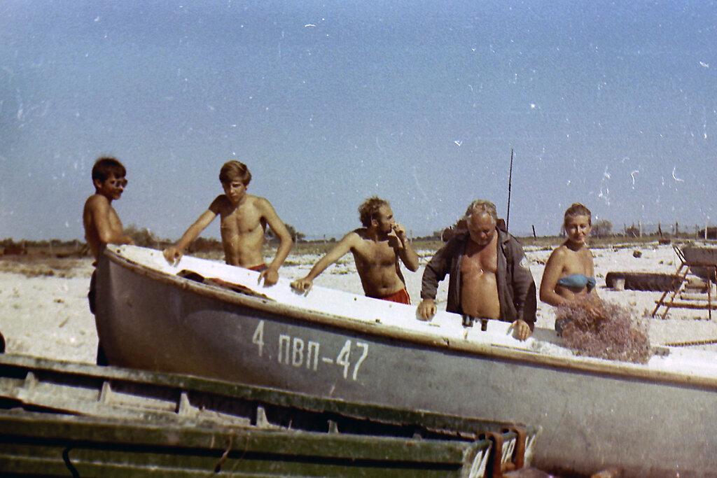 Участники экспедиции ТЕНДРА-90 у ЯЛ-6 #2